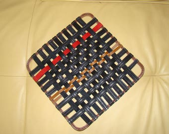 Under flat leather braided