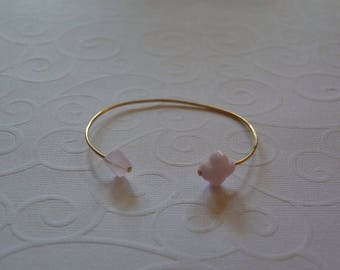 Gold Bangle Bracelet and Double Roses clovers
