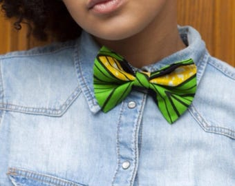Bow tie Green: accessory in wax