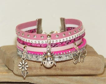 """""""Bouquet of roses"""" Cuff Bracelet with sequins, pastel pink color Suede, leather, fuchsia"""