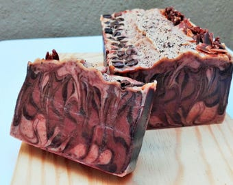 Body soap of coffee, chocolate and cinnamon/coffee, chocolate and cinnamon bodysoap