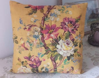 Wild flowers on yellow background Cushion cover 40 x 40 cm sublime colors