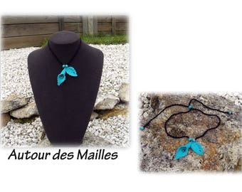 Necklace crochet jewelry: Turquoise leaves