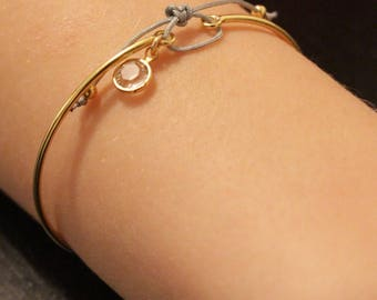 Bangle Bracelet with gold bow and pearls gold