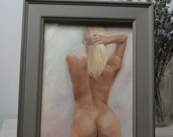 Naked woman of back