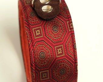 Dog collar/dog collar dark red patterned