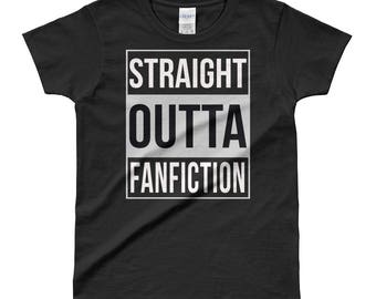 Fanfic Lover T-Shirt - Gift for Bibliophiles - Bookish t-shirt - Gifts for Readers - Straight Outta FanFiction Ladies' T-shirt
