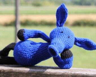Anteater crochet blanket