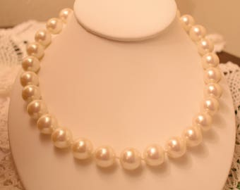 """White faux high quality pearl necklace 18.5"""""""