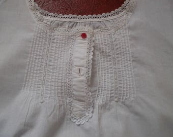 Gorgeous vintage Nightgown/babydoll Shirt with embroidery English
