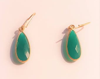 Drop earrings - green natural stone