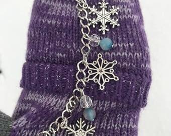 Charm Bracelet, Snowflake Bracelet, Winter Jewelry, Bracelets for Women, Christmas Jewelry, Gift for Her, Bracelet Charms, Christmas Gift