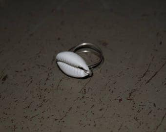Cowrie Ring Size 9