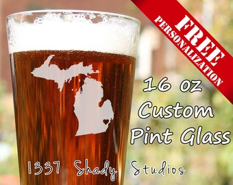 CUSTOM Detroit Pint glass - Michigan Beer Glasses - Personalized FREE -  My Heart is in Detroit MI
