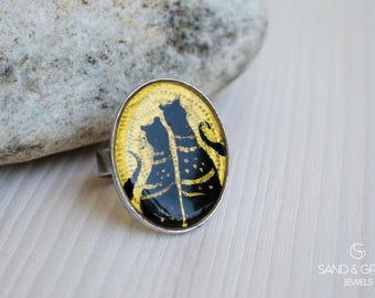 Oval ring on two black cats in gold background theme, Hand painted enamel ring, cocktail ring, everyday adjustable ring, ring for cat lovers