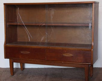 A Vintage Retro 1960-70s Teak Bookcase with Sliding Glass Doors
