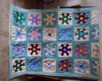 Raggy Hexagon Quilt