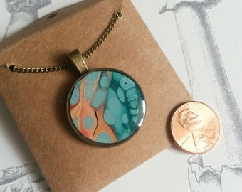 Fluid pour necklace 26