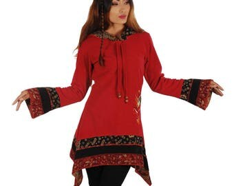 Red hood fleece dress with flower embroidery