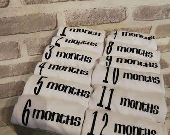 Milestone baby vest 1-12months ,baby gifts ,baby shower ,mum to be ,baby boy ,baby girl