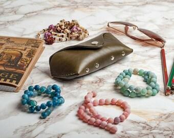 Gift for her Eyeglasses Eyeglasses case Eyeglass case Leather case Sunglasses holder Glasses case Khaki case Glasses protector Glasses box