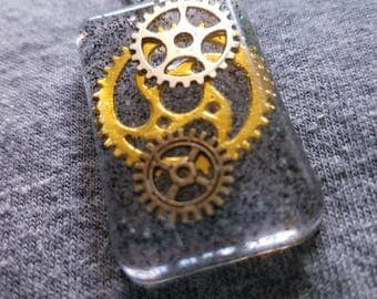 Resin Gears Necklace