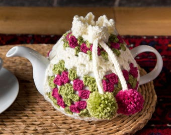 Vintage style crochet tea cosy cozy, pink and green