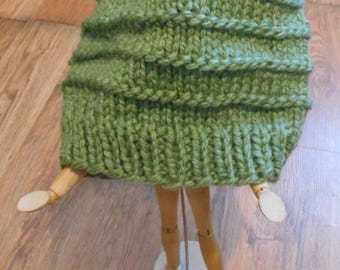 SALE Cute Knit Hat Green Toque Wool