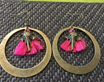 Beautiful earring bronze