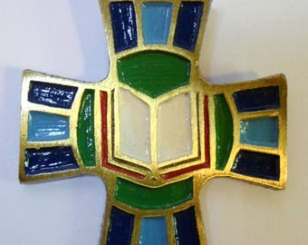 Rare  ENAMELED LECTOR CROSS by Terra Sancta Guild on Gold Tone Link Chain