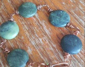 Beautiful copper beaded bracelet.