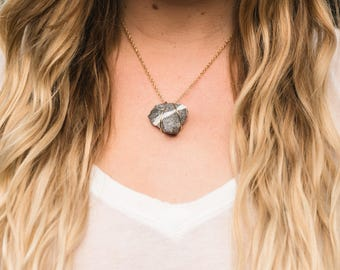 Gold Bold White and Grey Shark Tooth Shaped Metal Wrapped Necklace (N04)