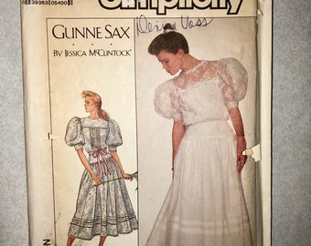 Vintage Simplicity sewing pattern for Gunne Sax by Jessica McClintock dress
