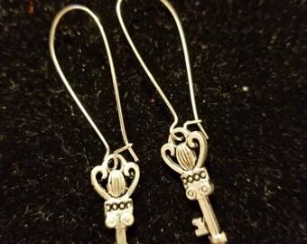 Boutique Silver Alloy ...Cute Dainty Keys Earrings #C82