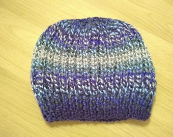 Ladies hand knitted slouchy beret style hat.