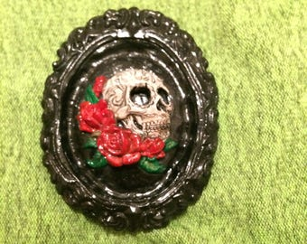 Skull and Roses gothic framed cameo brooch