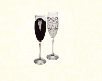 Set of 2: Hand-Painted 8 oz. Bride and Groom Champagne Flutes