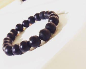 Wood bead bracelet in black