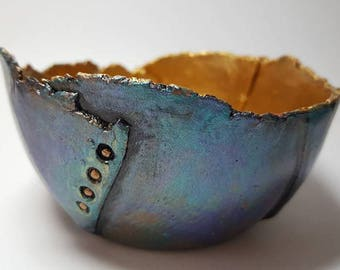 Paper Clay  Metallic Vessel