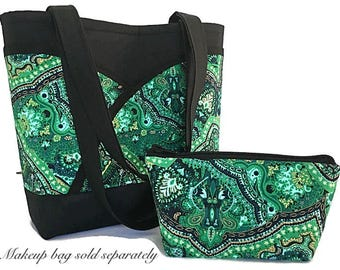 Kelly green handbag, Paisley tote bag, Tote bag with pockets, Green handbag with pockets, handbags and purses, gift for her, paisley handbag