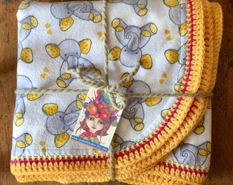 Soft Flannel Reversible Baby Blanket Receiving Blanket Baby Shower Gift /Grey and Yellow Baby Elephants
