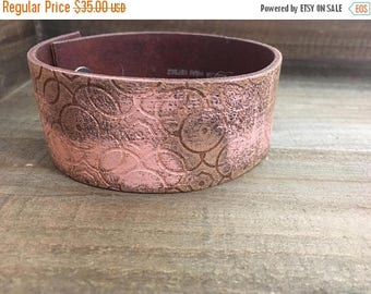 CRAZY SALE- Embossed Leather Cuff-Create Your Own-Circles-Word Cuff