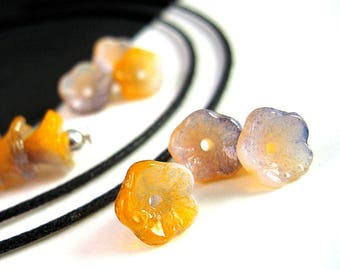25 RARE Delicate Orange Purple Czech Flower Beads, 5x7mm, Five Petal, Three Color, Pressed Glass, Orange Purple Flower Bead B52
