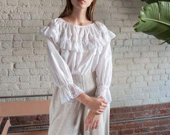 1970s white lace cotton ruffle collar blouse / romantic peasant blouse / voluminous puff sleeve blouse / s / m / 2426t / B18