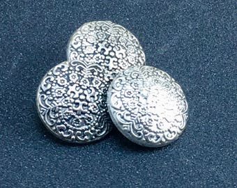 SNOWFLAKE Embossed Unique Woodland Antique Silver Dimensional Buttons  F32