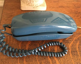 Vintage 1980sTurquoise Blue Trimline Western Electric Push Button Phone Mint epsteam