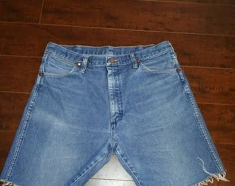 Closing shop SALE 40% off Wrangler Jean shorts cut offs  W Waist 35 X 7.5