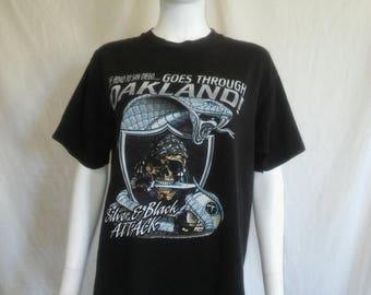 Closing Shop 40%off SALE RAIDERS football vintage shirt tshirt tee  t shirt 90s vintage