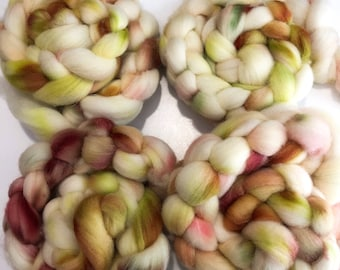 Hand dyed Cheviot wool top. Soft and easy to work with. Great for handspun yarn and to felt. 4oz. Andie