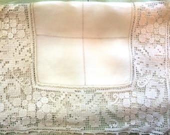 Vintage Linen Dresser Scarf with Cotton Lace Detail